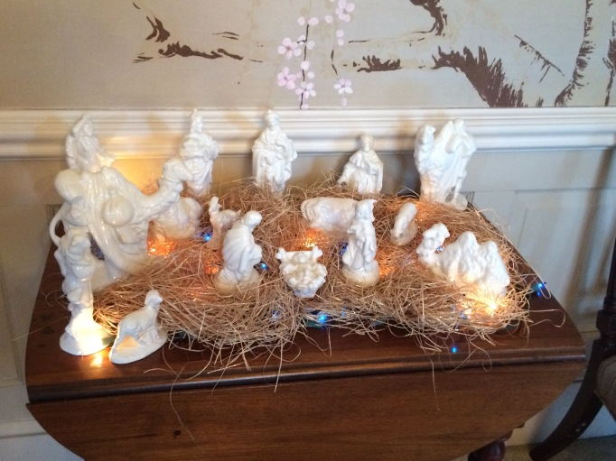Sandy Vincent nativity scene